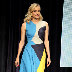 diane kruger print dress - diane kruger style evolution - shopping bag - handbag